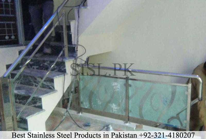 Glass railing design pakistan